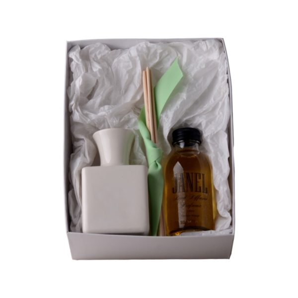 DELUXE-reed-diffuser-ceramic-holder-100ml-in-gift-box