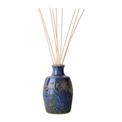 French Country Home reed diffuser ceramic vase with 100ml refill in rejected onion bag