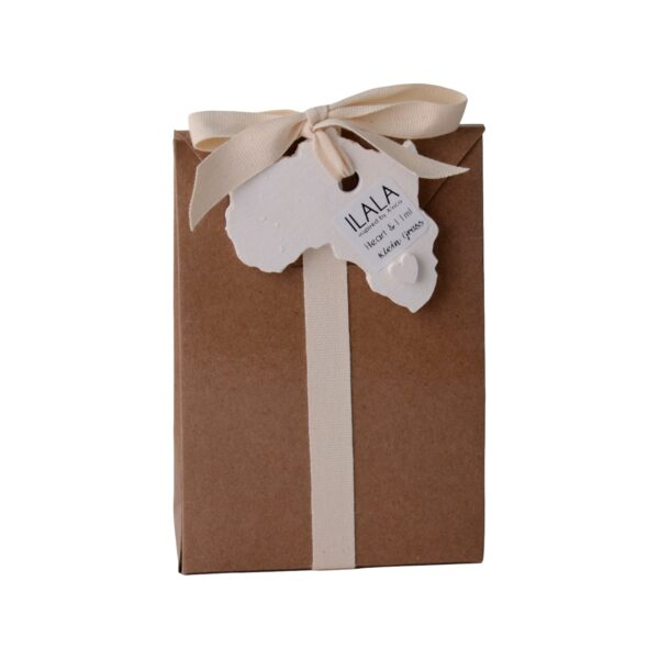 Ilala scented wooden heart 11ml fragrance oil in gloss brown bag