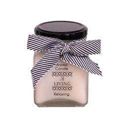 JE Living aroma candle in a glass jar 260ml