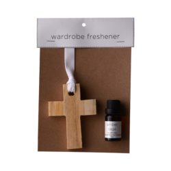 JE-Living-wooden-cross-11ml-fragrance-oil-wardrobe-freshener