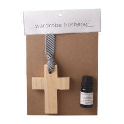 JE-Living-wooden-cross-11ml-fragrance-oil-wardrobe-freshener