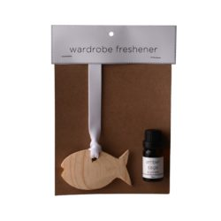 JE-Living-wooden-fish-with-11ml-fragrance-oil-wardrobe-freshener