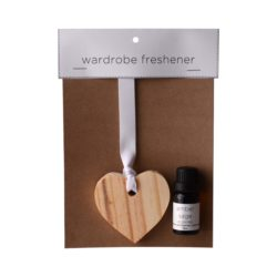 JE-Living-wooden-heart-11ml-fragrance-oil-wardrobe-freshener