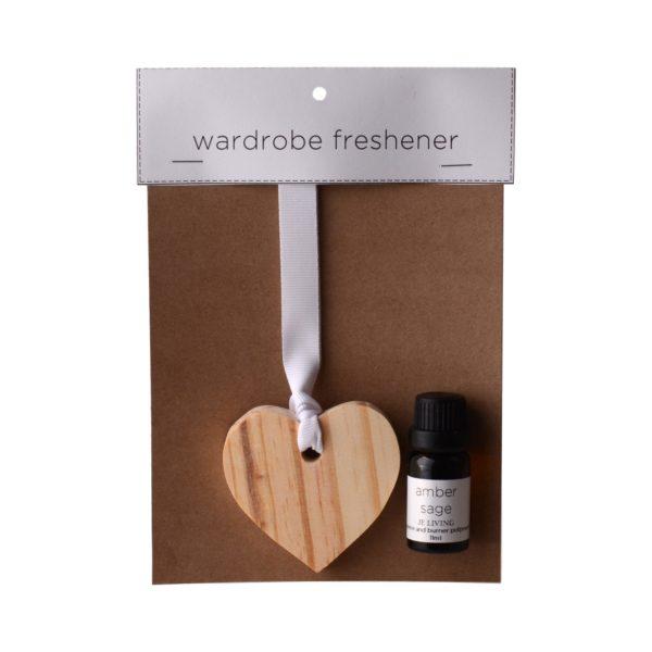 JE-Living-wooden-heart-11ml-fragrance-oil-wardrobe-freshener