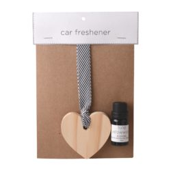 JE-Living-wooden-heart-on-ribbon-11ml-fragrance-oil-car-freshener
