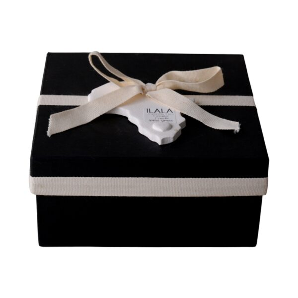 Ilala ceramic bowl aroma candle in a gift box with Africa