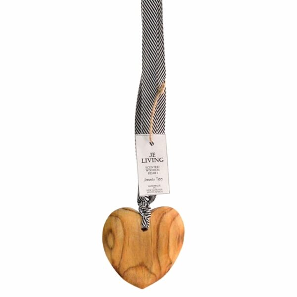 JE Living scented wooden heart on ribbon 10cm